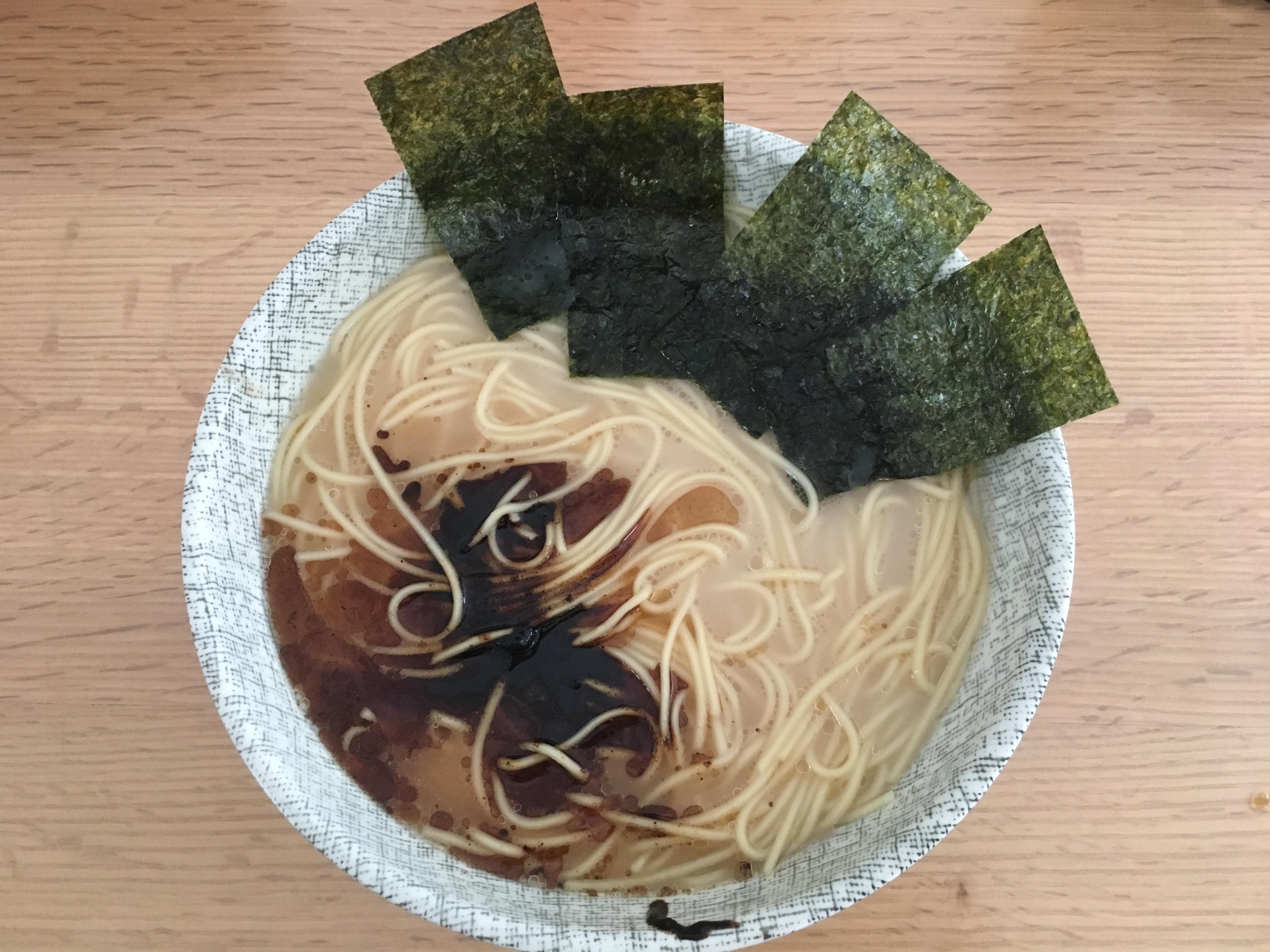 熊本の有名ラーメン店、黒亭のお土産麺「熊本ラーメン 黒亭」